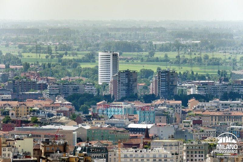 Torri di Via Spadolini e Torre di Antonini 32 dall'alto (credits Milano Panoramica)
