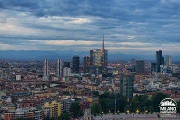 ALPI A MILANO - Progetto Porta Nuova all'imbrunire e le Alpi (credits Milano Panoramica)