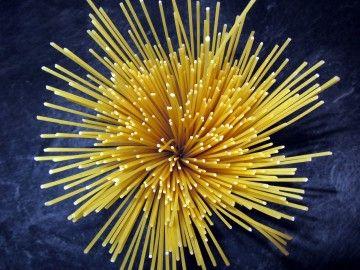 SUPERSPAGHETTI PER UN CUORE IN FORMA - spaghetti-110226_1920 [CC0 Public Domain] via pixabay.com