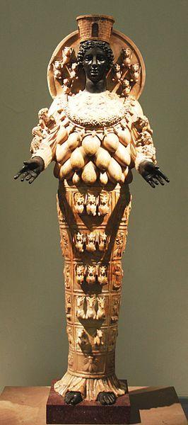 Artemide Efesia - Xinstalker di Wikipedia in italiano [GFDL o CC BY 3.0], attraverso Wikimedia Commons