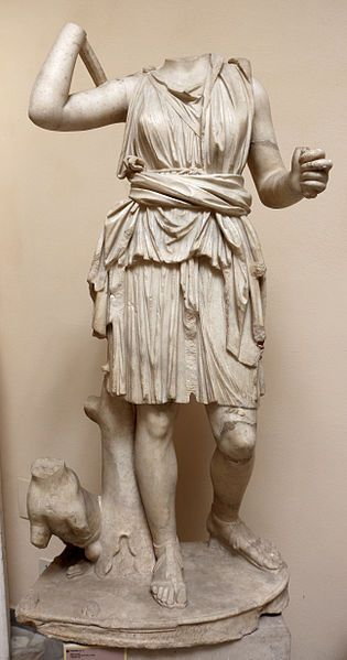 Artemide, II secolo d.c. dalla domus del protiro - Di Sailko (Opera propria) [CC BY 3.0], attraverso Wikimedia Commons
