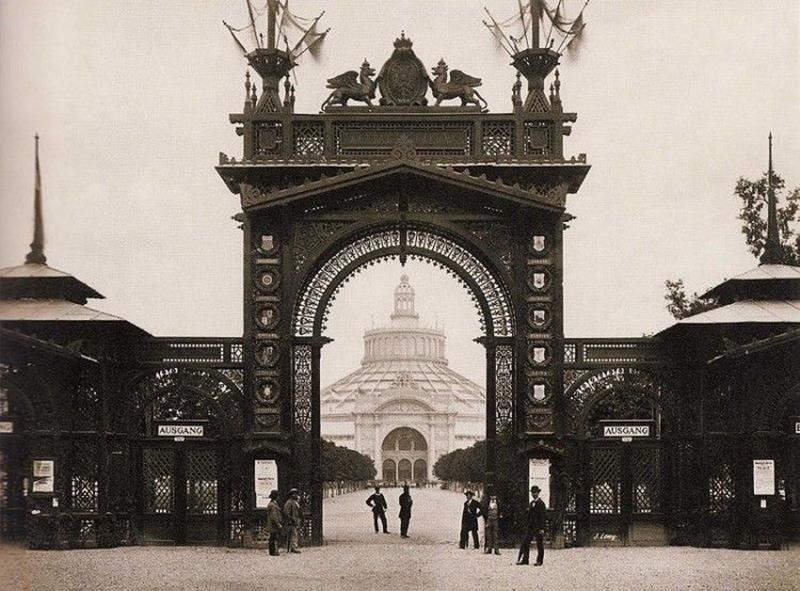 Expo 1873 Vienna - 01 - By Michael Frankenstein, Wiener Photographen-Association [Public domain], via Wikimedia Commons