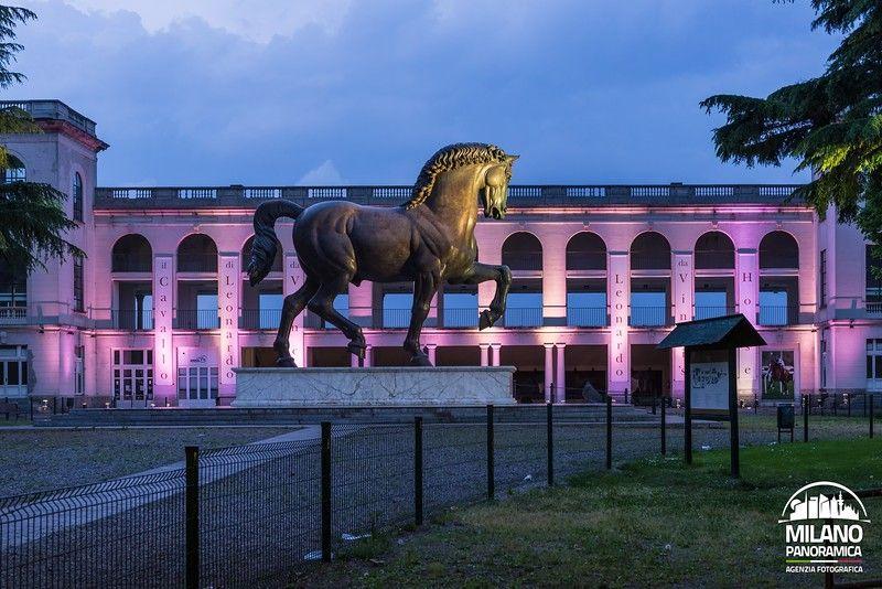 Ippodromo e cavallo di Leonardo in lilla (credits Milano Panoramica)