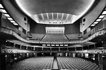 Teatro Lirico - By Anonymous [Public domain or Public domain], via Wikimedia Commons