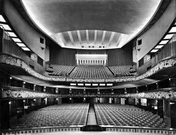 Teatro Lirico - By Anonymous [Public domain or Public domain], via Wikimedia Commons