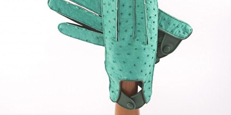 Da mani artigiane a mani di lusso: i guanti dei Fratelli Fiorino