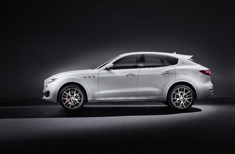 Maserati Levante debutta al Salone dell'Auto di Ginevra_vista laterale_MilanoPlatinum