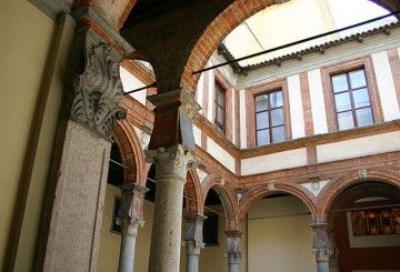 Palazzo Pozzobonelli Isimbardi - By G.dallorto (Self-published work by G.dallorto) [Attribution], via Wikimedia Commons