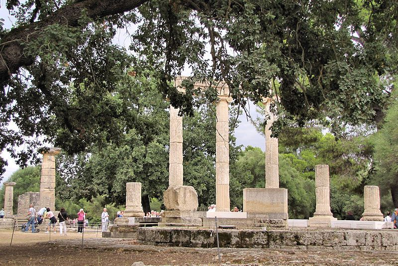 Ruins of Olympia - Di wiredtourist.com (Ruins of Olympia Greece #2) [CC BY 2.0], attraverso Wikimedia Commons