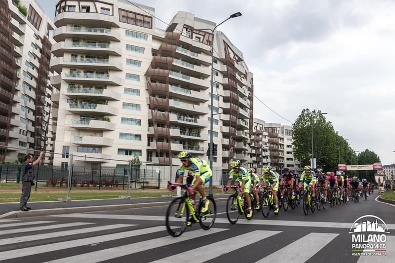 Il Giro d'Italia e le residenze Libeskind