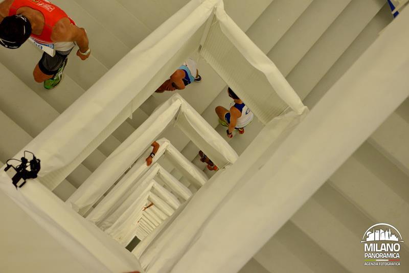 Vertical Run sulla torre Allianz