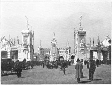 Ingresso-Expo-1906-Milano-Hardscarf [Public domain], via Wikimedia Commons