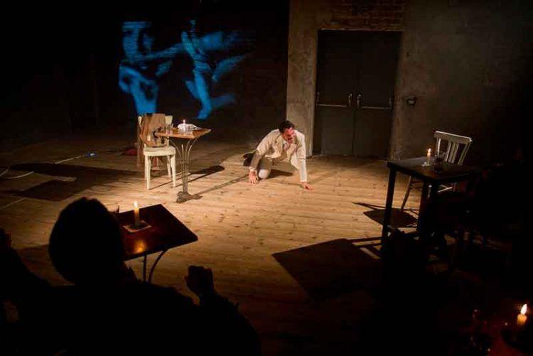 Il-topo-del-sottosuolo-Dostoevskij-Teatro-Franco-Parenti