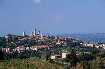 San_Gimignano_Di-Vignaccia76-(Opera-propria)-[CC-BY-SA-3.0],-via-Wikimedia-Commons