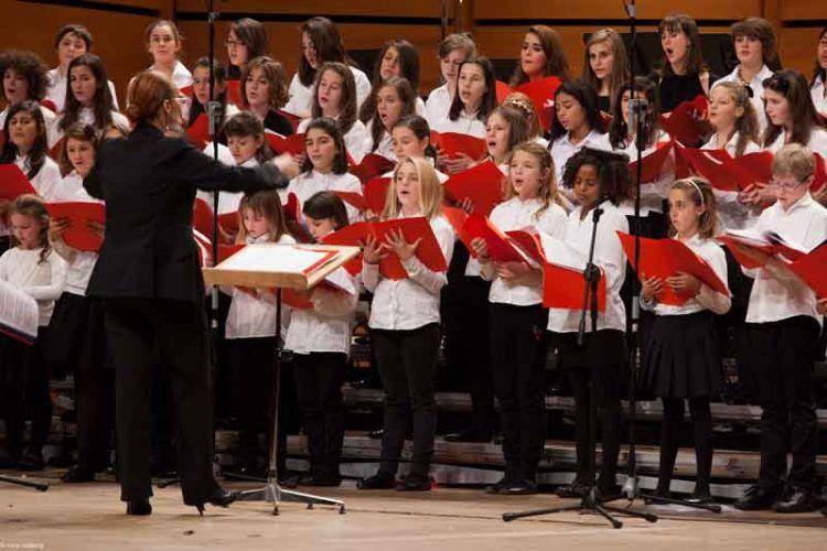il-Coro-di-Voci-Bianche-de-laVerdi-diretto-dal-M°-Maria-Teresa-Tramontin---foto-Nora-Roitberg-(1)
