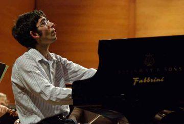 Gianluca-Cascioli-pianoforte-LaVerdi