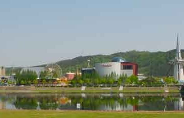 Daejeon_Expo_Science_Park_Par-Yoo-Chung-(Travail-personnel)-[CC-BY-SA-2.5],-via-Wikimedia-Commons