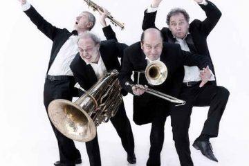 Il-Maschio-inutile_Banda-Osiris_Teatro-Elfo-Puccini