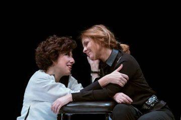 Alessandra-Faiella_Marina-Massironi_Rosalyn-Teatro-Verdi_photo_MarinaAlessi