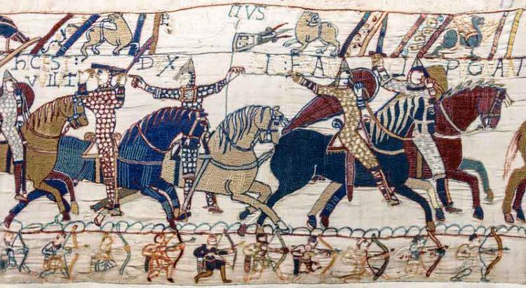 Bayeux_Tapestry_scene55_William_Hastings_battlefield_Di-Myrabella-(Opera-propria)-[Public-domain-o-CC0],-attraverso-Wikimedia-Commons