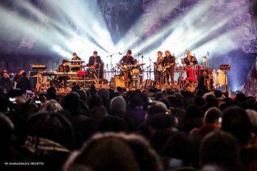 Dire-Straits-Legacy-live-Grotte-di-Castellana