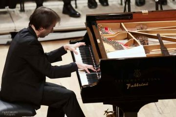 la-Nona-di-Beethoven-al-piano-con-Maurizio-Baglini-e-il-Coro-Sinfonico-de-laVerdi-diretto-dal-M°-Gambarini---4-feb-2016---foto-Paolo-Dalprato