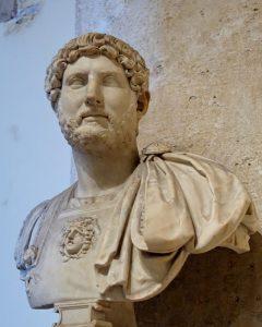 Busto di Adriano, Musei Capitolini - Public Domain via Wikipedia Commons