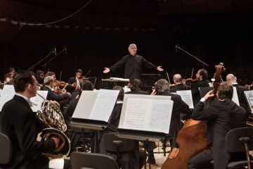 Claus Peter Flor dirige l'Orchestra Sinfonica di Milano Giuseppe Verdi ®StudioHanninen.