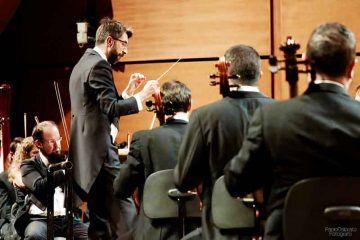 Jose-Antonio-Montano-dirige-laVerdi-con-Jorge-Luis-Prats-al-piano-14-ott-2016---foto-Paolo-Dalprato