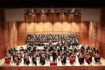 Oleg-Caetani-dirige-laVerdi-nella-Nona-di-Beethoven---foto-Paolo-Dalprato-(4)