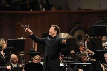 John-Axelrod---direttore-principale