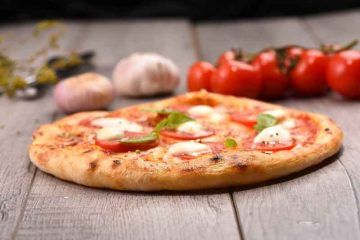 pizza-2446700_1920_CC0-Creative-Commons_via-Pixabay
