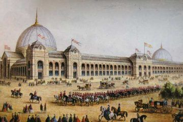 Panoramic view of the International Exhibition of 1862 in South Kensington, London – The Victorianist [Public domain], via Wikimedia Commons