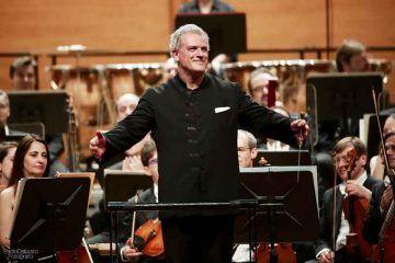 Patrick-Patrick-Fournillier-dirige-laVerdi-con-Paolo-Grazia-solista-all'oboe-28-aprile-2016---foto-Paolo-Dalprato-(3)