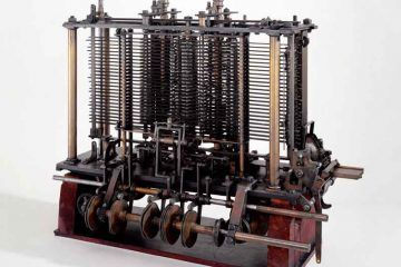 Modello di una parte della macchina analitica di Charles Babbage, in mostra al Museo della Scienza di Londra. [Di Science Museum London / Science and Society Picture Library [CC BY-SA 2.0], via Wikimedia Commons].