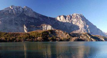 Monte_Casale_lago_Cavedine_Di-Francesco-Mulas-(Opera-propria)-[CC-BY-3.0],-via-Wikimedia-Commons
