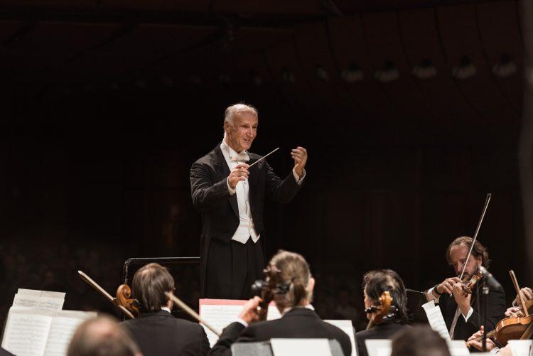 Oleg Caetani dirige laVerdi in Caijkovskij e Prokofiev - Studio Hanninen