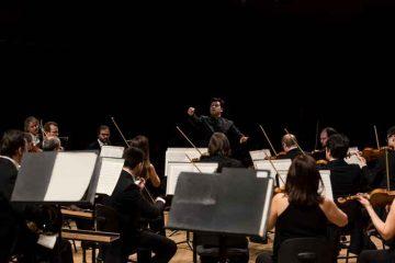 Robert-Trevino-dirige-laVerdi-con-Twyla-Robinson-soprano--®studioHanninen10-feb-2017
