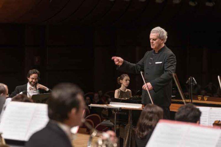 Patrick Fournillier dirige laVerdi con Lusa e Sciortino al piano - ® Studio Hanninen