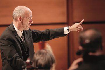 Il Maestro Timothy Brock dirige l'Orchestra Sinfonica di Milano Giuseppe Verdi