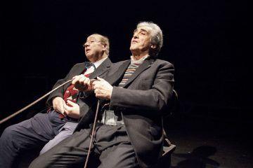 Fuga nelle tenebre, di Arthur Schnitzler, al Teatro Out Off. Nella foto, da sinistra: Massimo Loreto e Paolo Bessegato - Foto Dorkin