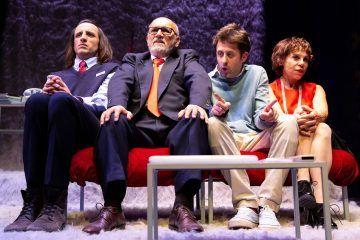 Buon anno, ragazzi - Teatro Elfo Puccini - foto di Noemi Ardesi