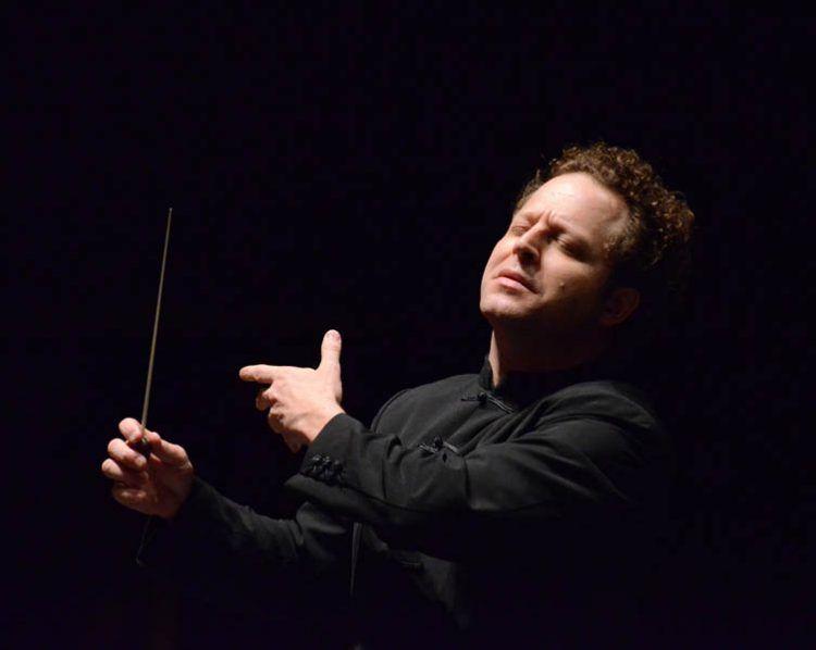John Axelrod dirige l'Orchestra Sinfonica di Milano Giuseppe Verdi - Foto: D Vass