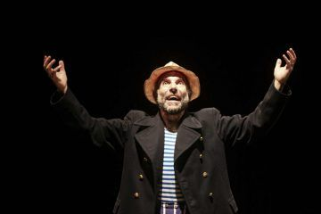 """Mario Sala in """"Il sogno di un uomo ridicolo"""", regia di Lorenzo Loris - Teatro Out Off - foto Erica Falcinelli"""