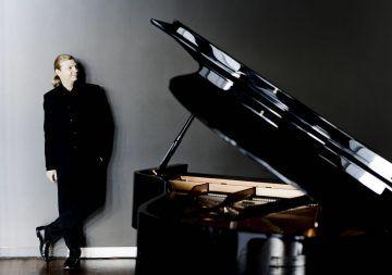 Il giovane pianista russo Denis Kozukhin - Photo: Marco Borggreve