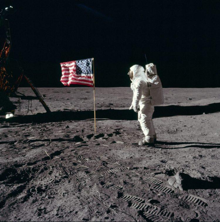 L'astronauta Buzz Aldrin, Apollo 11 © Copyright 2019 - La Luna. E Poi?
