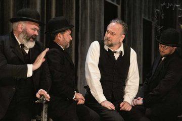 """""""Un nemico del popolo"""" di Ibsen al Piccolo Teatro Strehler - photo by Giuseppe Distefano"""