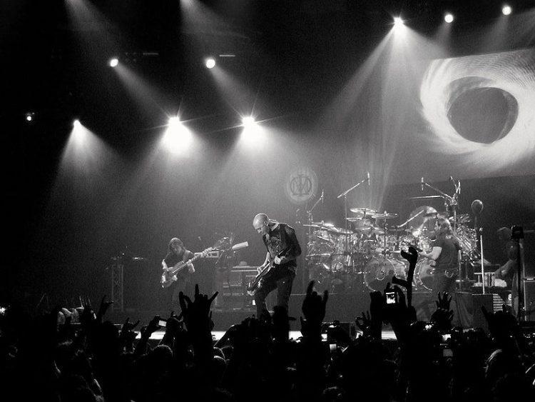 I Dream Theater saranno questa sera al Mediolanum Forum di Assago [Image: Javier [CC BY], via Wikimedia Commons]