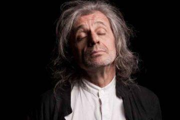 """Alessandro Bergonzoni al Teatro Elfo Puccini in """"Trascendi e sali"""""""